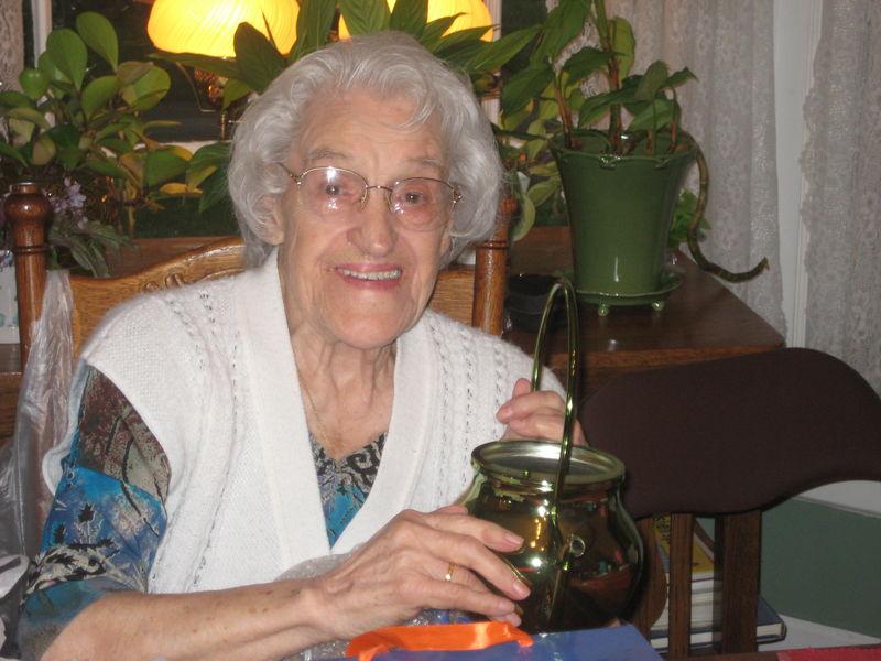Bernice Stella Mikutis
