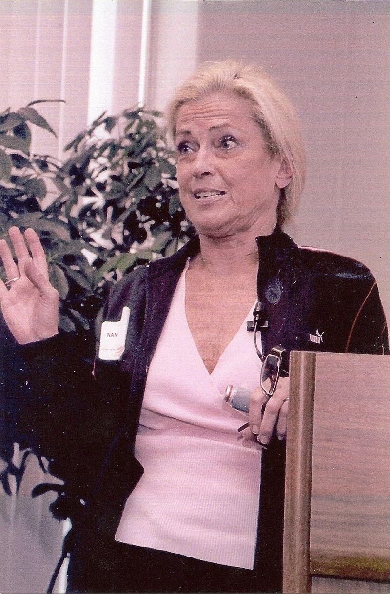 Nancy Louise Bultinck