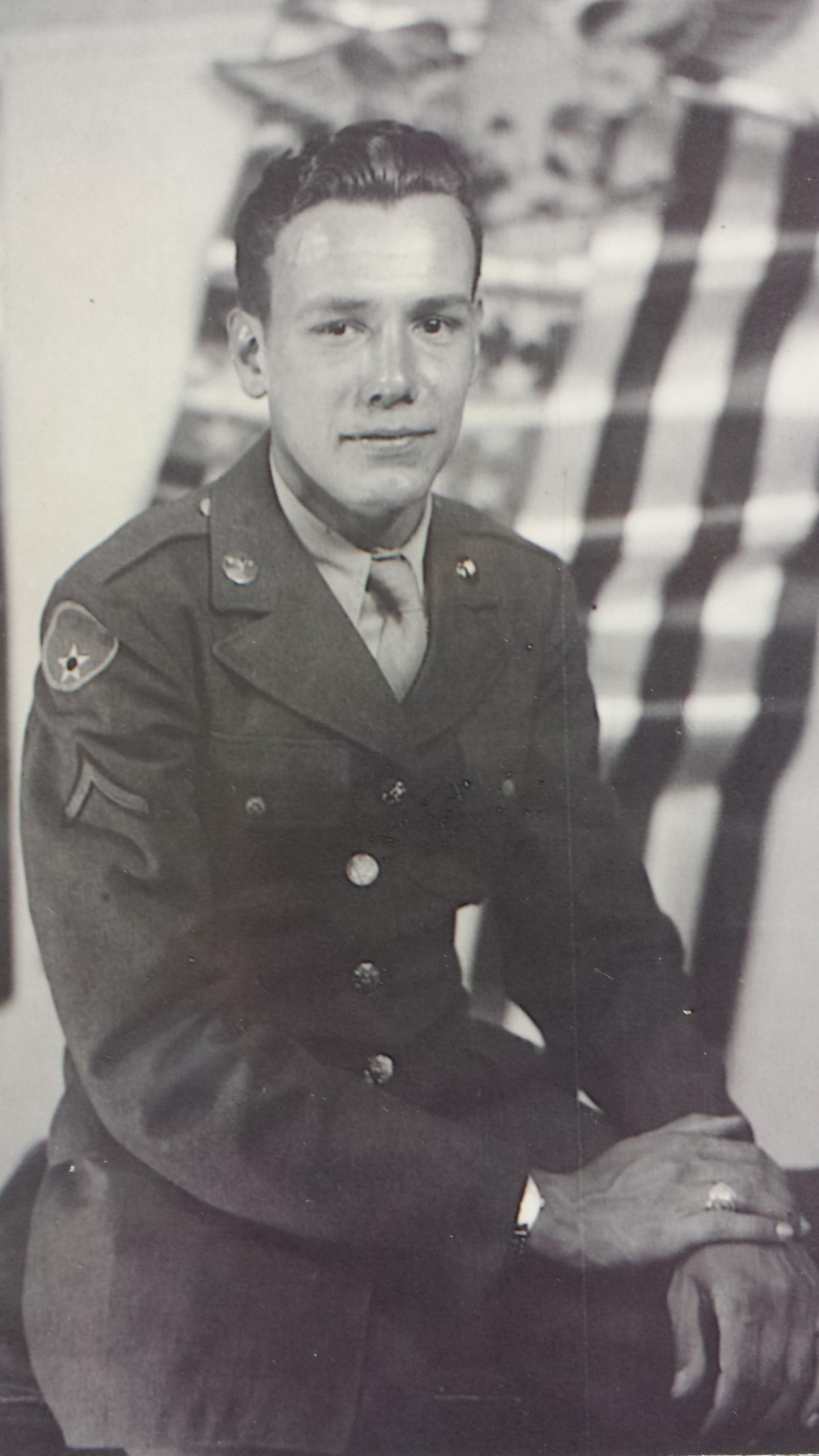 Robert W. Galluzzo