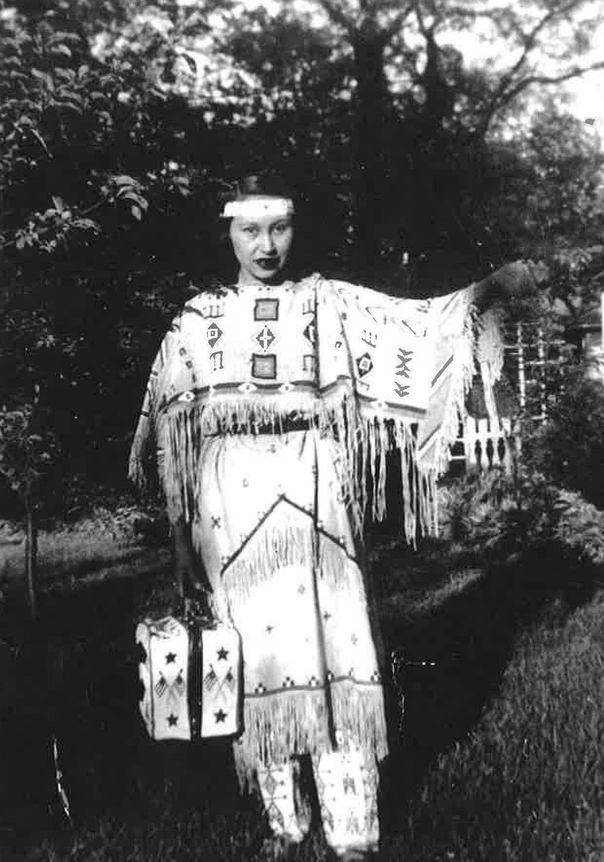 Edna Elizabeth Thomas
