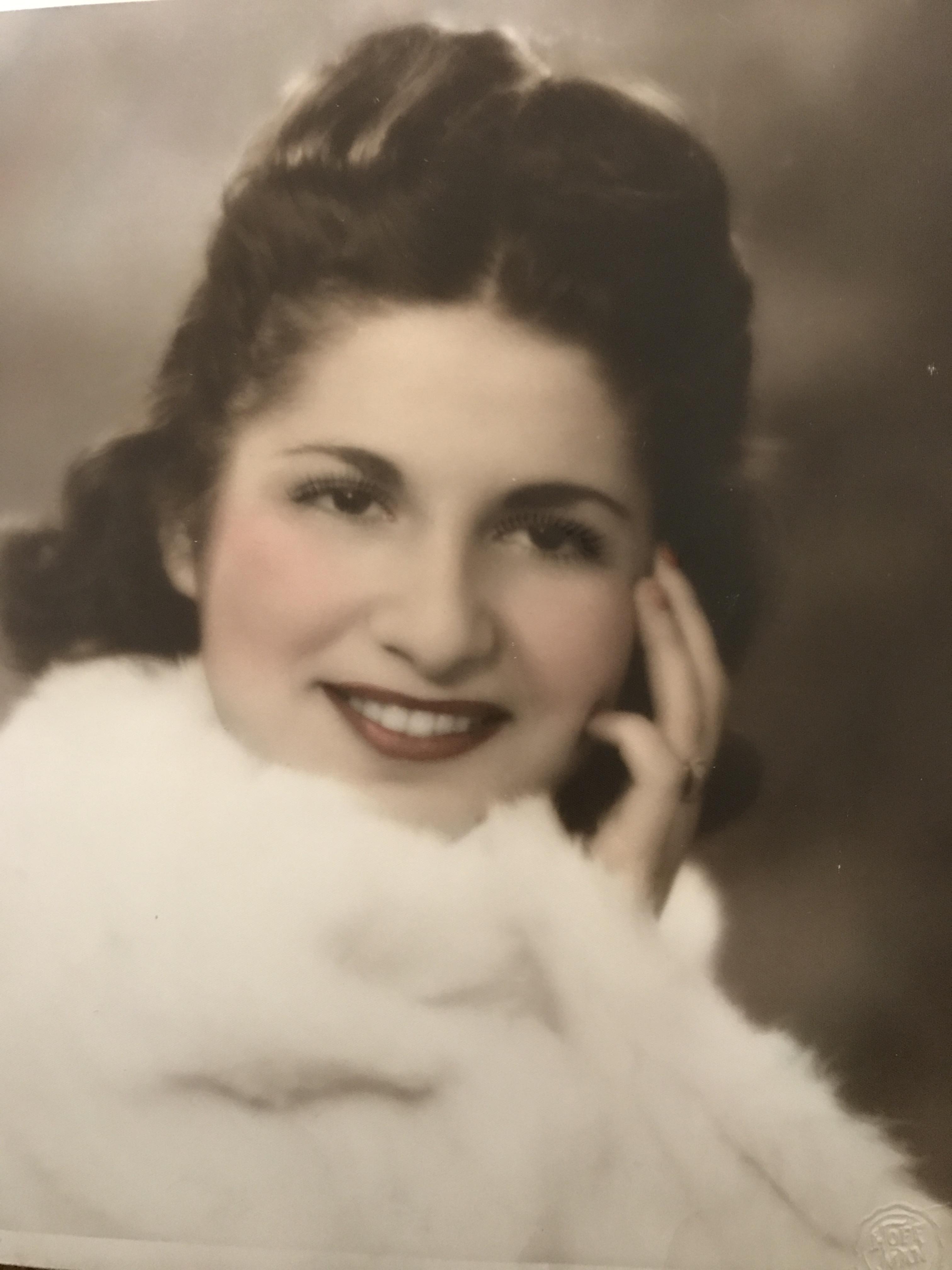 Jeanette S Kahn