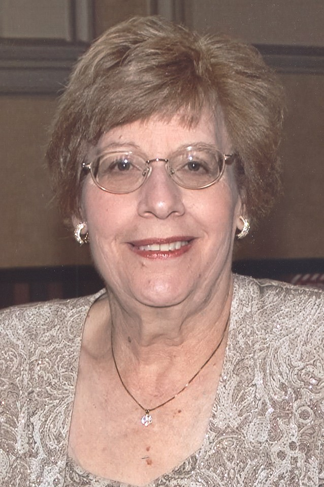Photo of Elaine  Zelenka